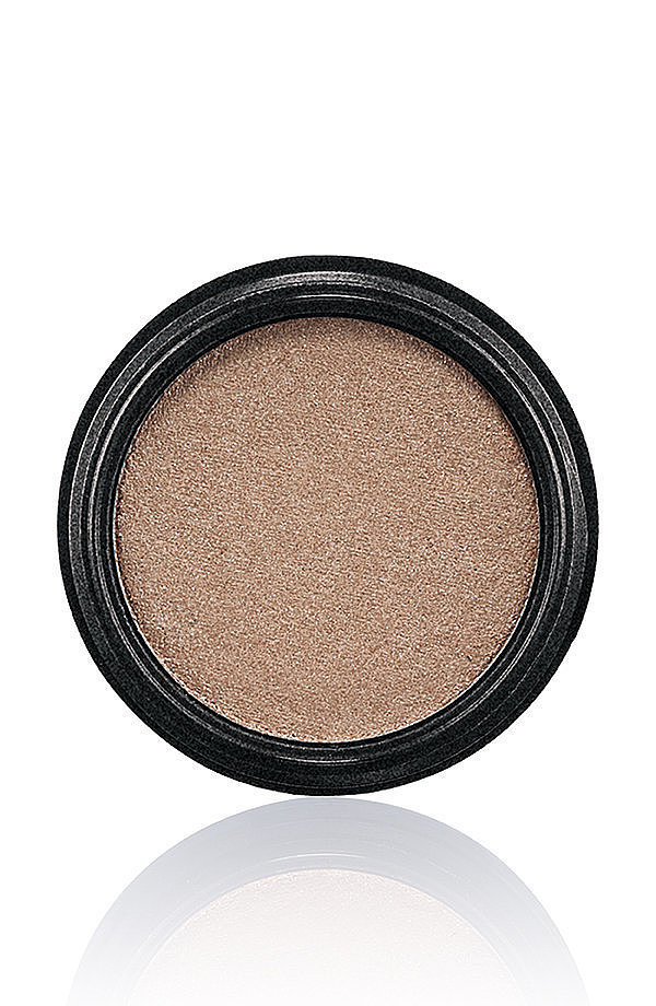 MAC-Novel-Romance-Collection-Eye-Shadow